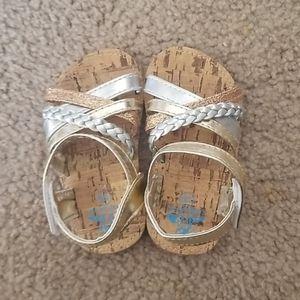 5/$25 - sandals